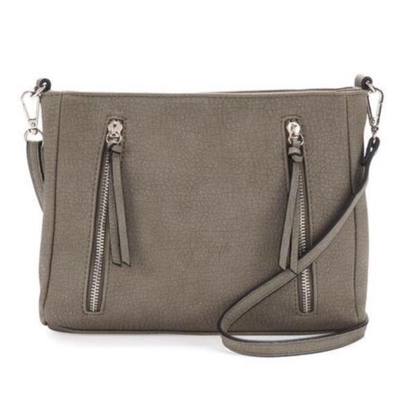 Bueno Handbags - NWT - BUENO COLLECTION Shoulder Bag -Price is Firm
